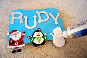 DIY Holiday Name Board - WhimsyPaper - Gluev2